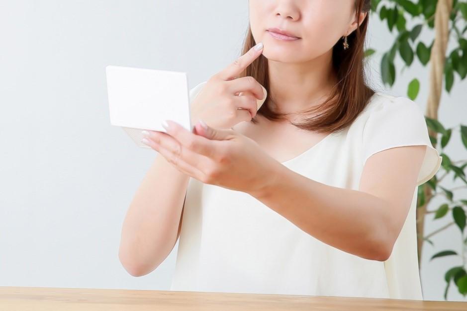 大人ニキビに効く化粧水20選|ニキビの原因とケア方法を徹底解説【2019年最新版】